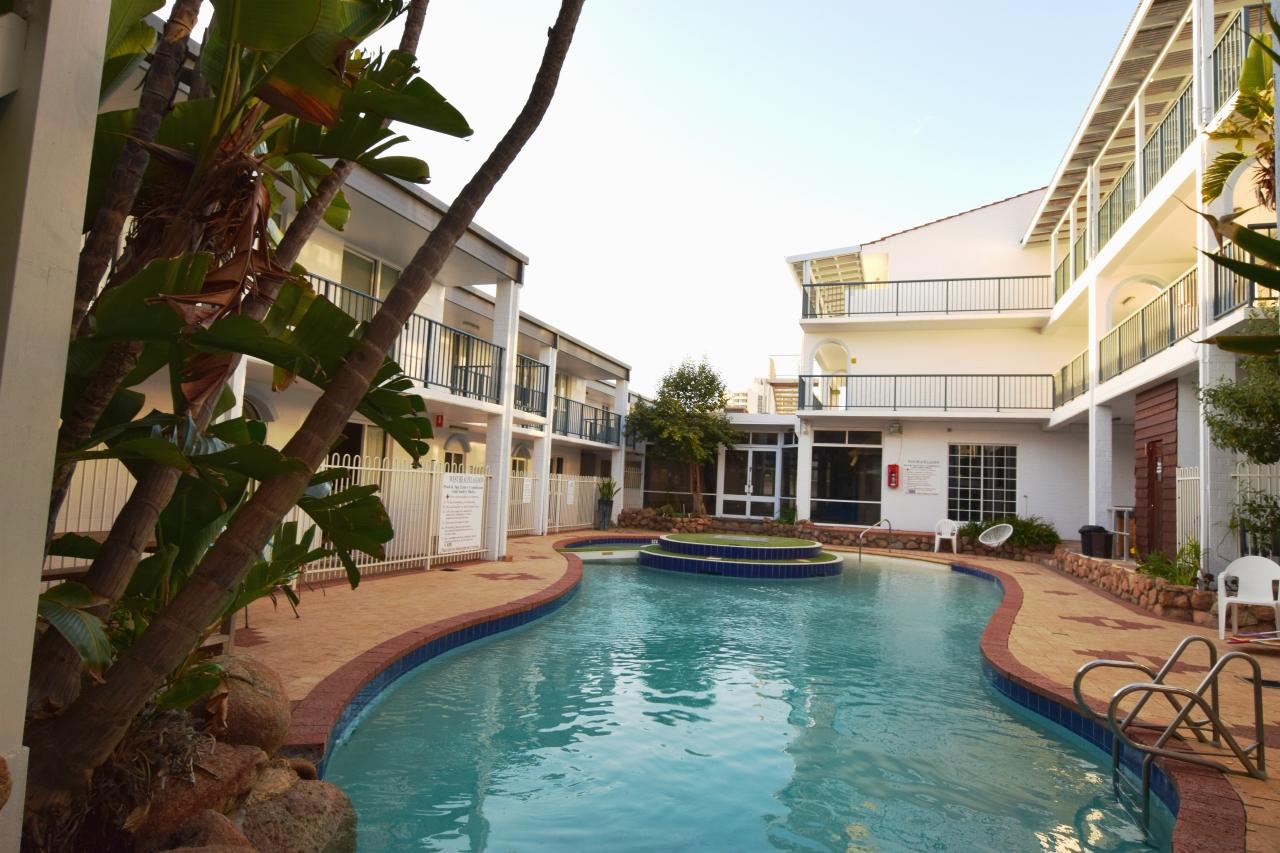 WBL new pool shot   My Holiday WA   Holiday Accommodation